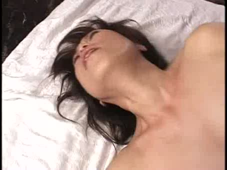 イソジを越えても性欲が衰えない美巨乳段腹人妻。はげしいぴすとんで膣内奥を突き上げ、フィニッシュはざーめんガン射ぶっかけ☆
