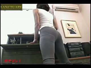 オナニー無料jyukujyo動画。       【高画質薄消しモザイク】部屋の隠しカメラに映った妻のオナニーw